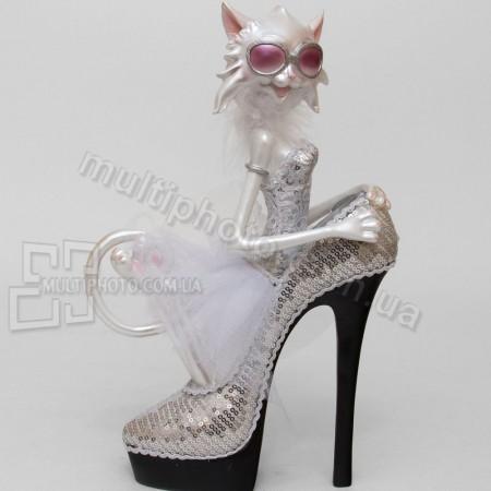 Статуэтка SM-143 кошка невеста в туфельке 32 см