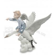 Статуэтка из фарфора Pavone JP-22-2 Ангел на птице