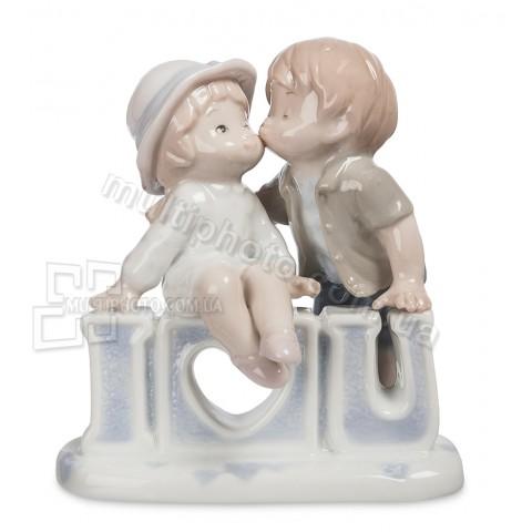 Фарфоровая статуэтка Pavone JP признание в любви 11 см