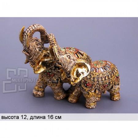 Декоративная статуэтка Влюбленные слоны