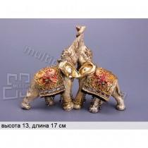 Фигурка декоративная Влюбленные индийские слоны