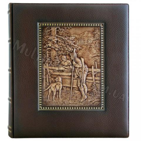 Альбом кожаный Охотник 29x33 см